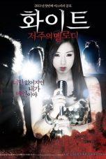 Nonton Film White: The Melody of the Curse (2011) Terbaru